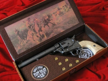 COLT PEACE MAKER 1873r SINGLE ACTION ARMY CAL 45 stalowy jasny (k1064-1PN)